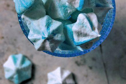 marengskys med blå striber